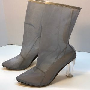 ECO Gray Mesh Boots Clear 4 inch Heel Size 9